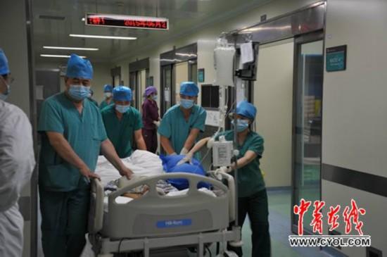 23岁小伙遇车祸不幸离世捐献器官拯救8条生命