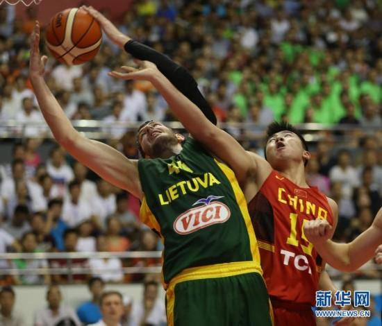 中国男篮不敌国王