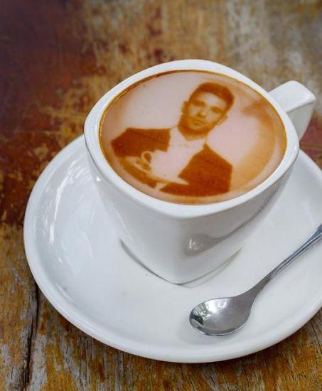 3D打印咖啡拉花只需10秒帅哥美女图案随便选(图)