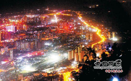 甘肃:首条城市快速路——南环路今日全线通车