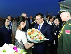 中国欧盟领导人会晤-李克强访欧 同意欧盟增设15个签证中心图片