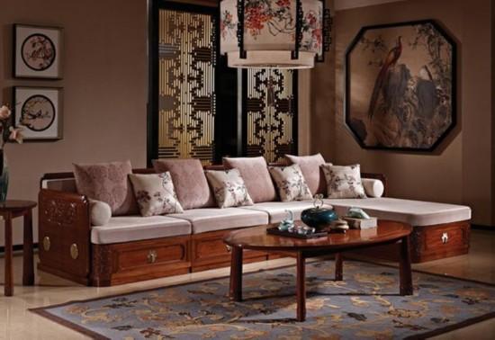 """买红木家具 要""""望、闻、敲、看"""""""