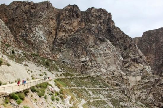 龙羊峡生态旅游景区成为青海旅游的又一亮点