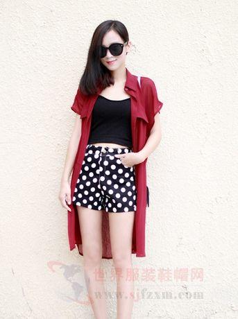 穿衣把握时尚潮流 波点让你走在时尚前沿