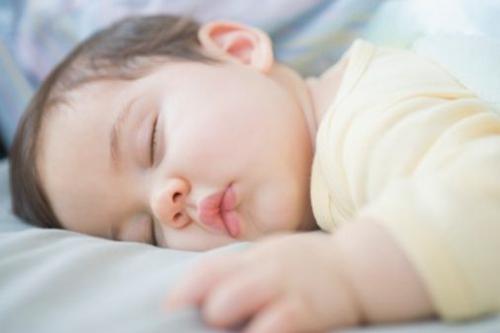 躺在床上睡不着?4招让你的夜间睡眠更完美