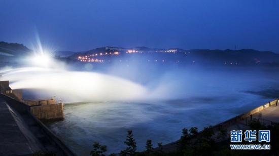 #(社会)(4)小浪底调水调沙进入最佳观瀑期