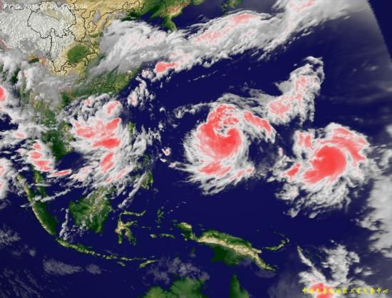 上 三台共舞 台风卫星云图 组图图片