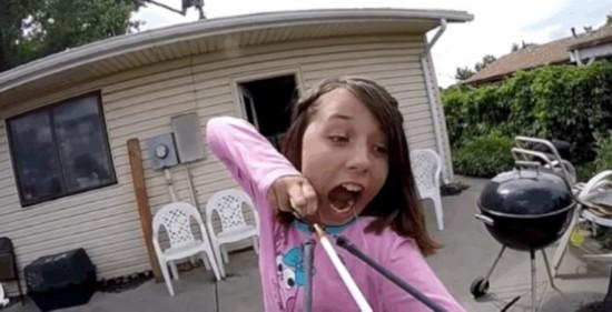 四川11岁女生用字头震惊拔牙组图(女孩)--美国弓弩a女生唯美带qq网民像图片
