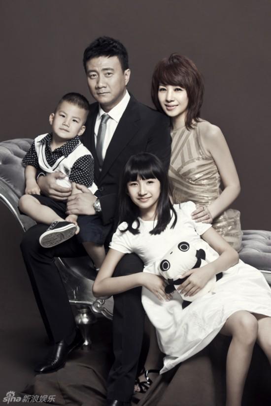 爸爸去哪儿3霸道总裁胡皓康人气旺 揭胡军与妻