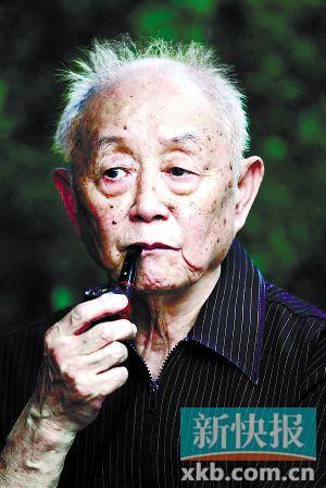 黄永玉 书画家、 作家