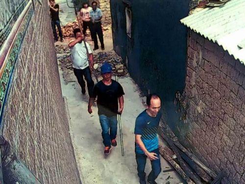 陆丰内湖镇:村民被人追砍杀 注销户口所长索要6000元 陆丰 第2张