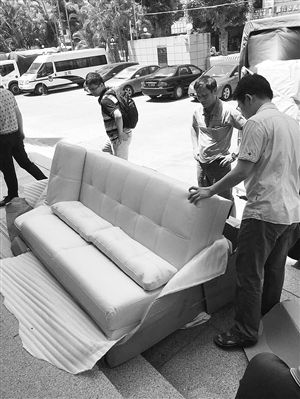 称网购沙发为假货 海口市民状告网店和天猫