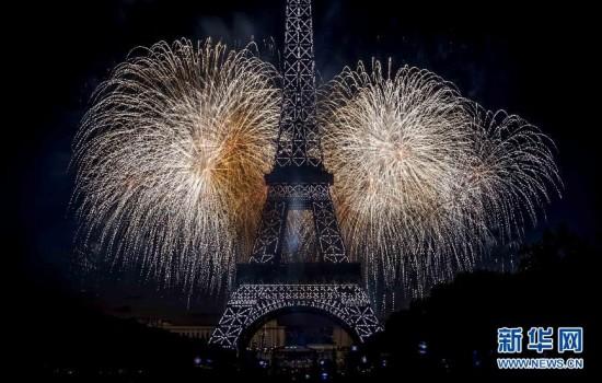 (國際)(3)法國:焰火迎國慶