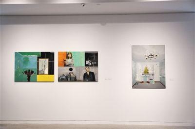 """""""旋构塔""""展览中展出的郭立军镜面不锈钢上油画《空间的记忆》"""