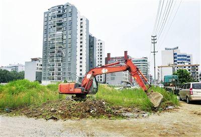罗城仫佬族自治县城区凤凰大道恢复施工