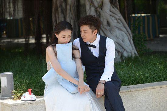 《我们相爱吧》节目外刘雯手写情书全文曝光
