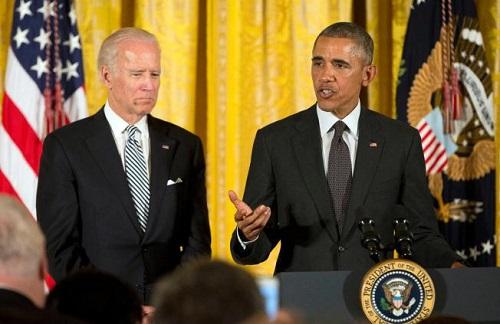 美国副总统逗宠物狗玩耍出小意外嘴唇瘀伤(图)