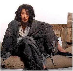漫读娱乐:盘点影视剧中奇葩的乞丐造型