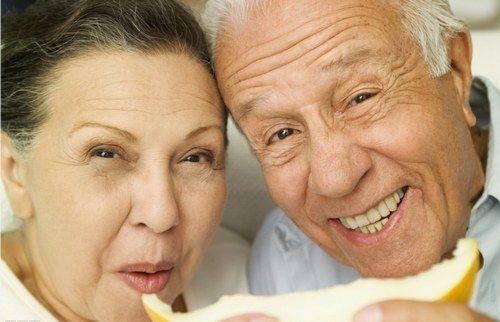 """长寿养生:坚持做到15个""""一"""" 可以活到100岁"""