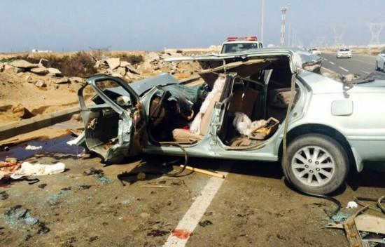 沙特一家7口與駱駝相撞致4死3傷