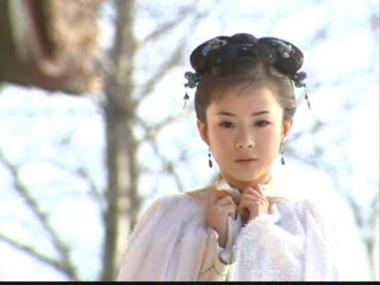 """...水晶之恋\""""的广告里那个迎风飞翔的清纯女孩开始出道就有了..."""