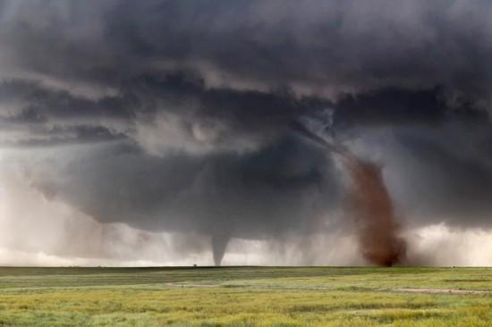 美国职业追风人1小时捕捉14场龙卷风