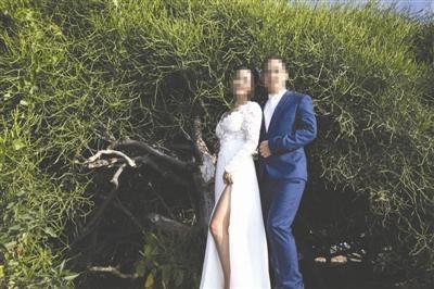 夫妻赴巴厘岛拍婚纱照拍出乡土味 遭朋友笑(图)