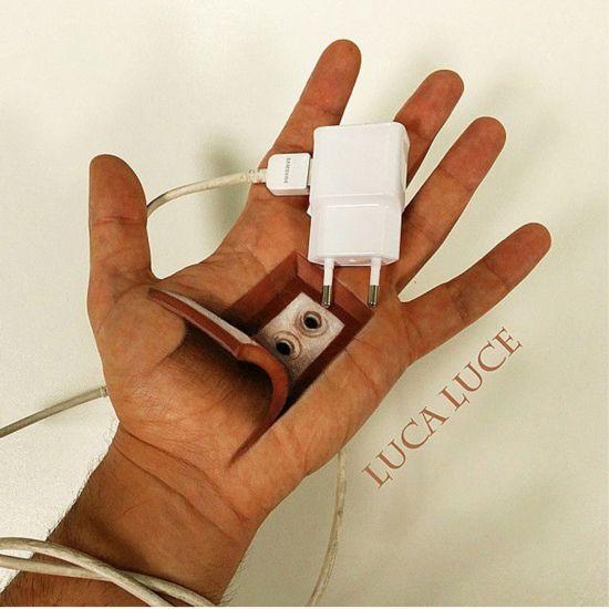 意大利艺术家打造逼真3D手掌画