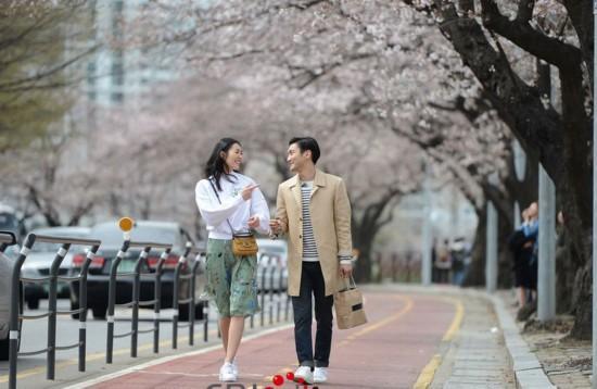 我們相愛吧:石榴夫婦十二天誕愛記 劉雯始源第二季請續愛