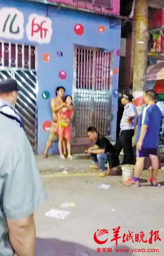 男子劫持前妻與警方對峙