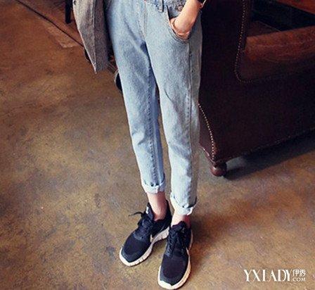 【图】休闲背带裤搭配鞋子怎么搭七种方法穿出活泼俏皮感