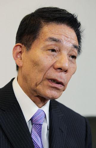 日本自民党大佬不满安倍再任党首指其违反宪法