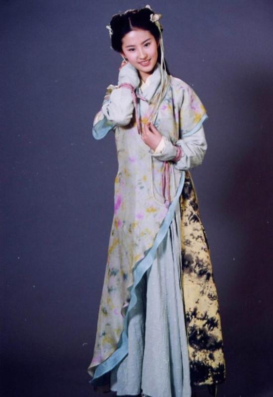 女星少女时期惊艳照:徐若瑄林青霞张柏芝惊为