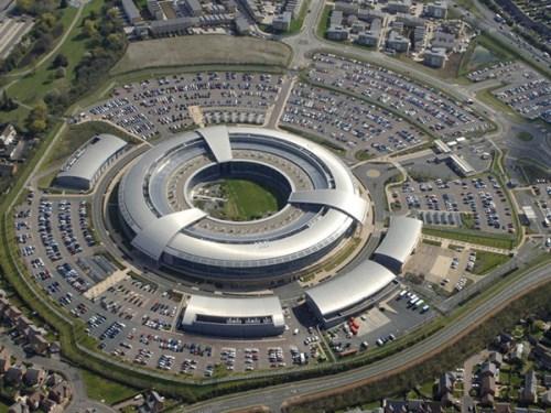 材料图:英国谍报组织当局通讯总部的大楼。
