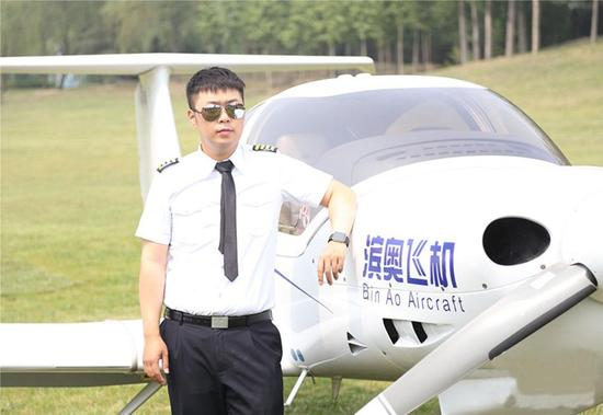 杜海涛成功瘦身变型男 娱乐圈型男老板盘点