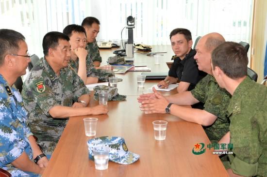 俄中将盛赞中国军队和05式两栖步兵战车
