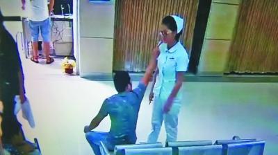 23岁女护士劝阻吸烟被扇耳光 打人者系黑车司机