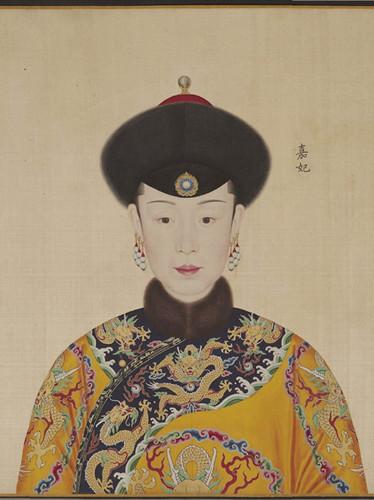 康熙皇帝到底有多少后妃 12岁结政治婚姻娶13岁的赫舍里氏 组图图片