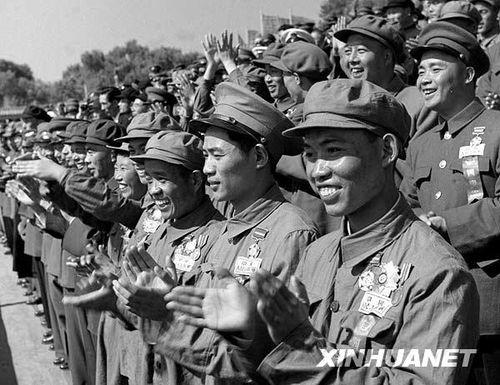 看历次阅兵男神最帅穿搭 见证中国军服演变史图片