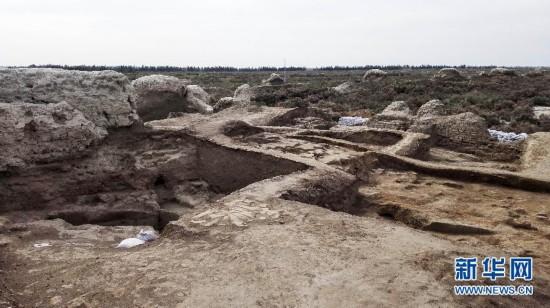 (图文互动)(1)新疆龟兹故地发现金箔墙皮和佛教遗迹 展现1700年前世俗生活