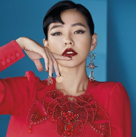 范冰冰时尚大片红唇湿发妩媚迷人 众女星谁最