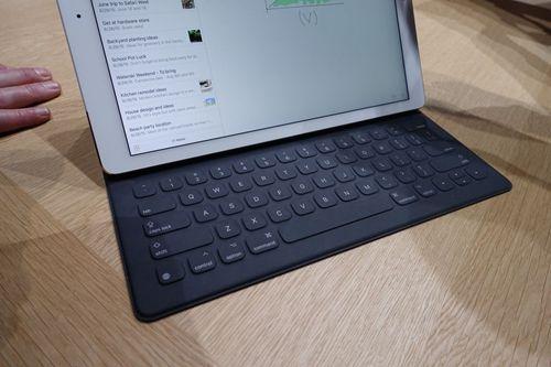 iPad Pro、iPad mini 4