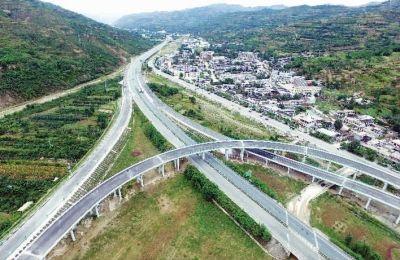 十天高速公路即将全线通车