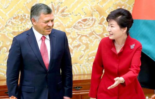 韩媒:约旦国王偏爱韩国牛肉回国专机带35公斤