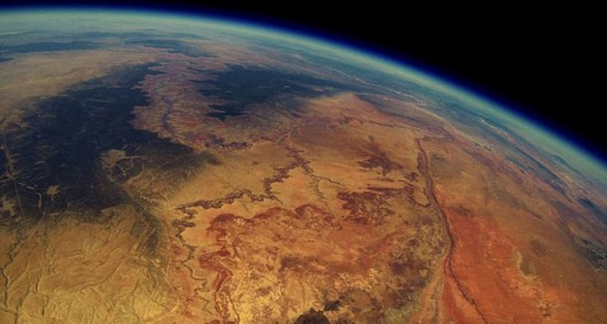 相机所拍得的大峡谷影像