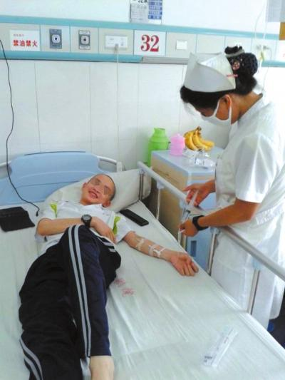一家五口三人患重病 少年患白血病家人急盼救助