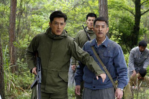 郭晓峰、胡歌演《伪装者》:戏里是爹戏外是哥