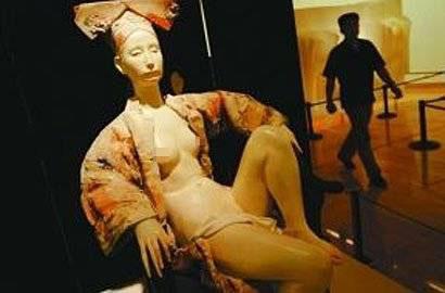 慈禧遺體三次入殮:尸體景象恐怖 被扒的剩內褲