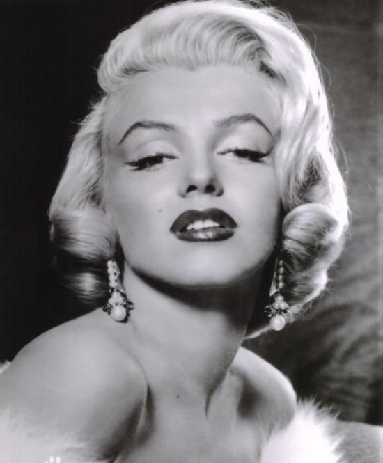 赫本斯嘉丽 细数好莱坞黄金时代最美丽的女星