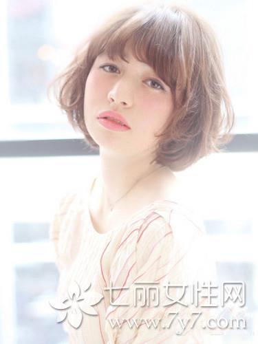 适合大脸的短发发型 四款可爱又瘦脸短发推荐图片